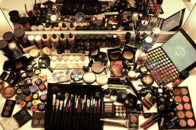 PRACTICAL MAKEUP TIPS FOR BEGINNERS